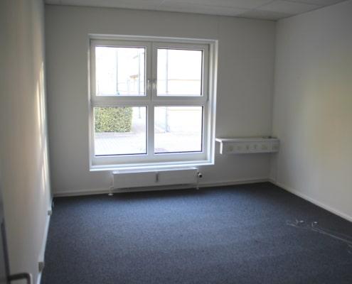 Lille enkeltmandskontor i Roskilde som du kan leje til din virksomhed