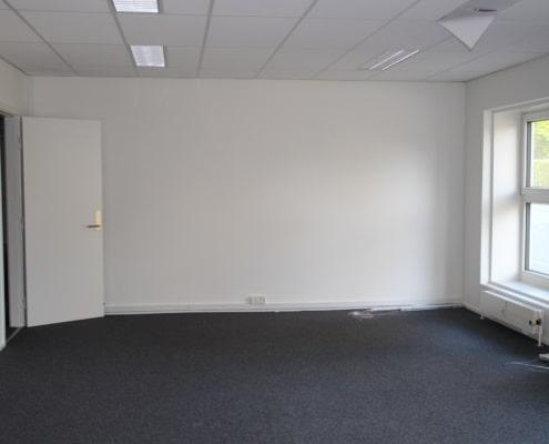 Lille kontorlokale i vores kontorhotel på Havnevej. Kan indrettes som du vil.