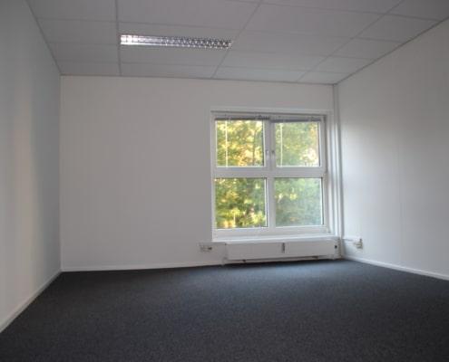 Her er et lille cellekontor som du kan leje i Roskilde